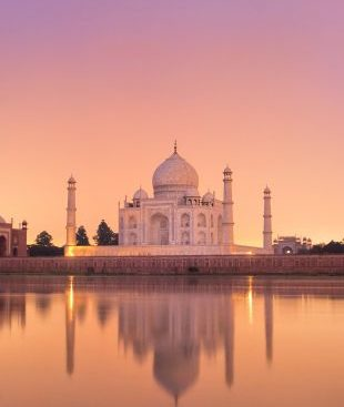Enchanting-Travels-India-Tours-Taj-Mahal-in-Agra
