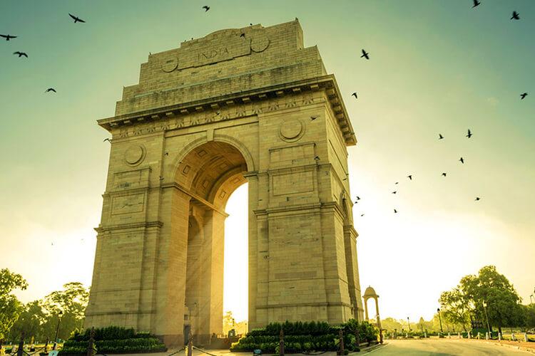 india-gate-delhi-golden-triangle-tour